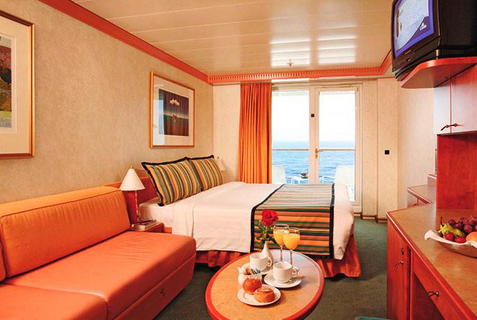 Scheda nave costa mediterranea for Chambre quadruple costa magica