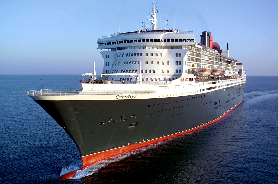 Queen Mary 2-1
