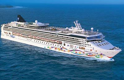 norwegian-cruise-line-norwegian-star-01.jpg